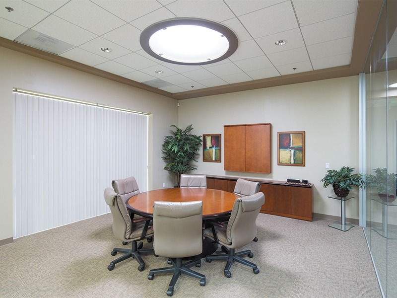 13100_c_alan_rich_conference_room
