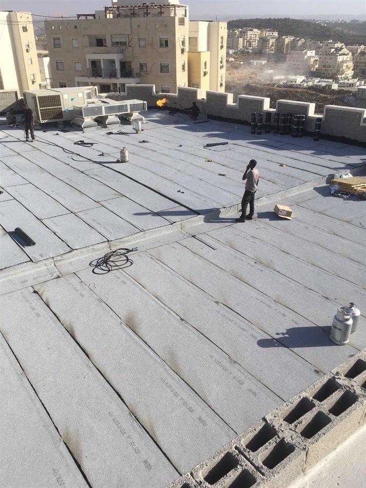 איטום גג 500 מטר רבוע בירושלים